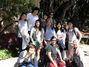 UC Berkekley Center for East Asian Studiesの校舎前で
