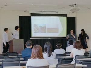 国際教養大学での発表の様子(7月15日)