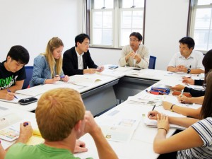 Lecture by Dr. Jun Hamada at Akita University