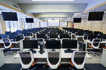 IT教室(L棟)の写真