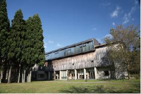 中嶋記念図書館(L棟)の写真