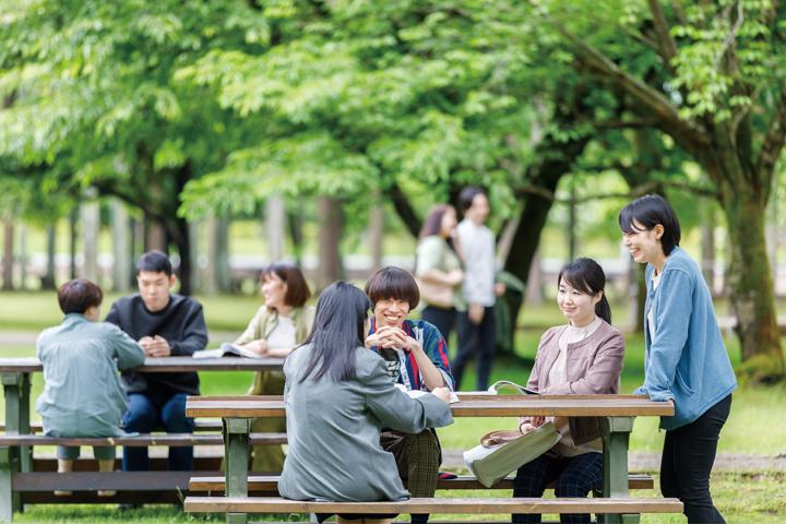 日本語教育実践領域の学生たちの写真