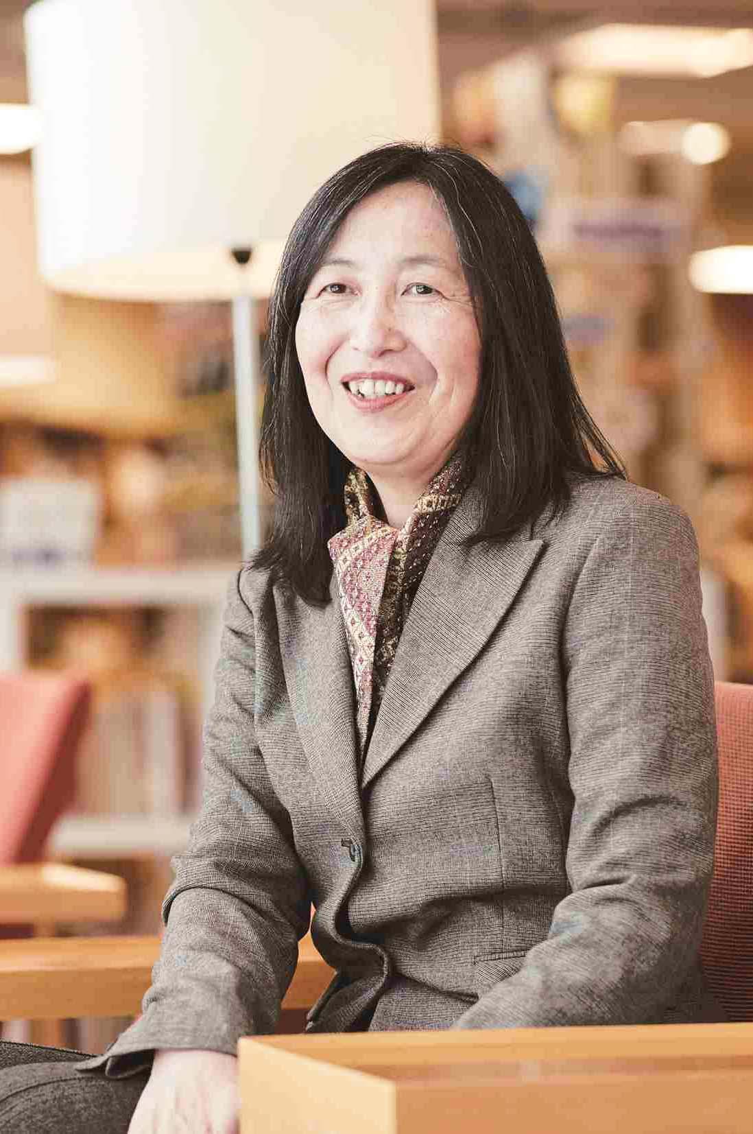 阿部 祐子 日本語プログラム代表の写真