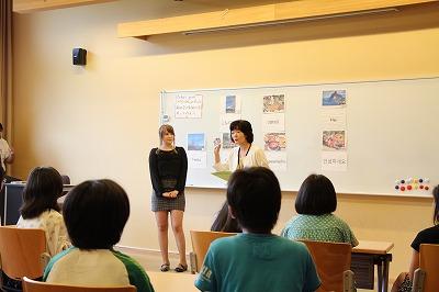 本学留学生との模擬授業の様子