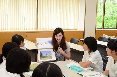 留学生との交流活動の様子
