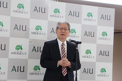 歓迎レセプションでの鈴木学長の挨拶