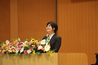 新大学院生代表 國友愛珠