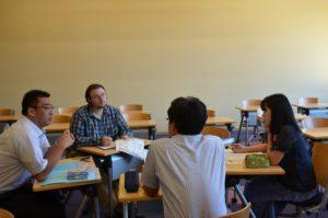本学留学生を交えた模擬授業作り
