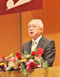 来賓の堀井 秋田県副知事の祝辞の様子