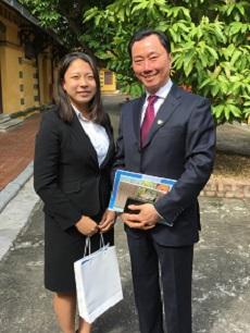 加藤さんと上司の写真