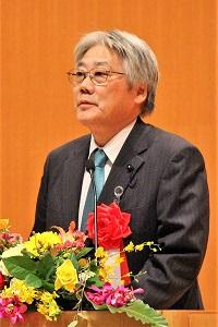 祝辞を述べる竹下 博英 秋田県議会副議長の写真