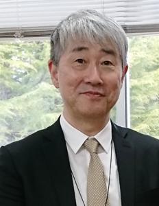 三栗谷キャリア開発センター長の写真