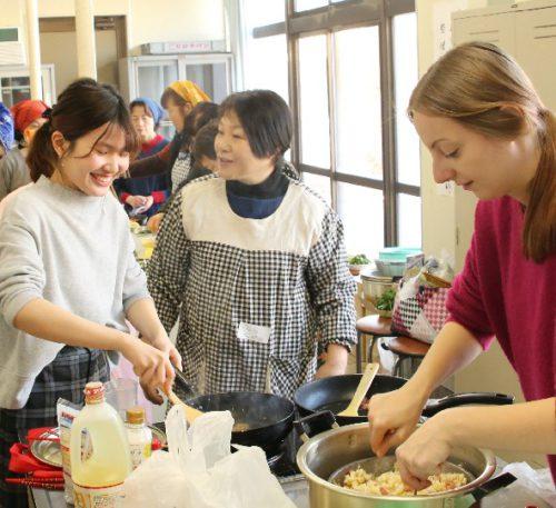 大潟村国際ふるさと料理交流会での写真