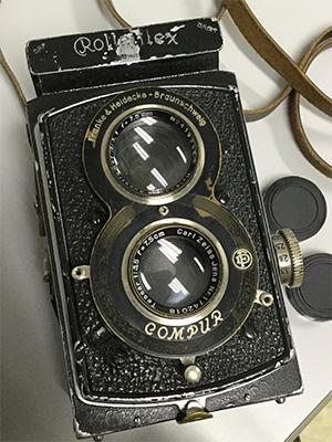 Picture of a Rolleiflex Standard camera